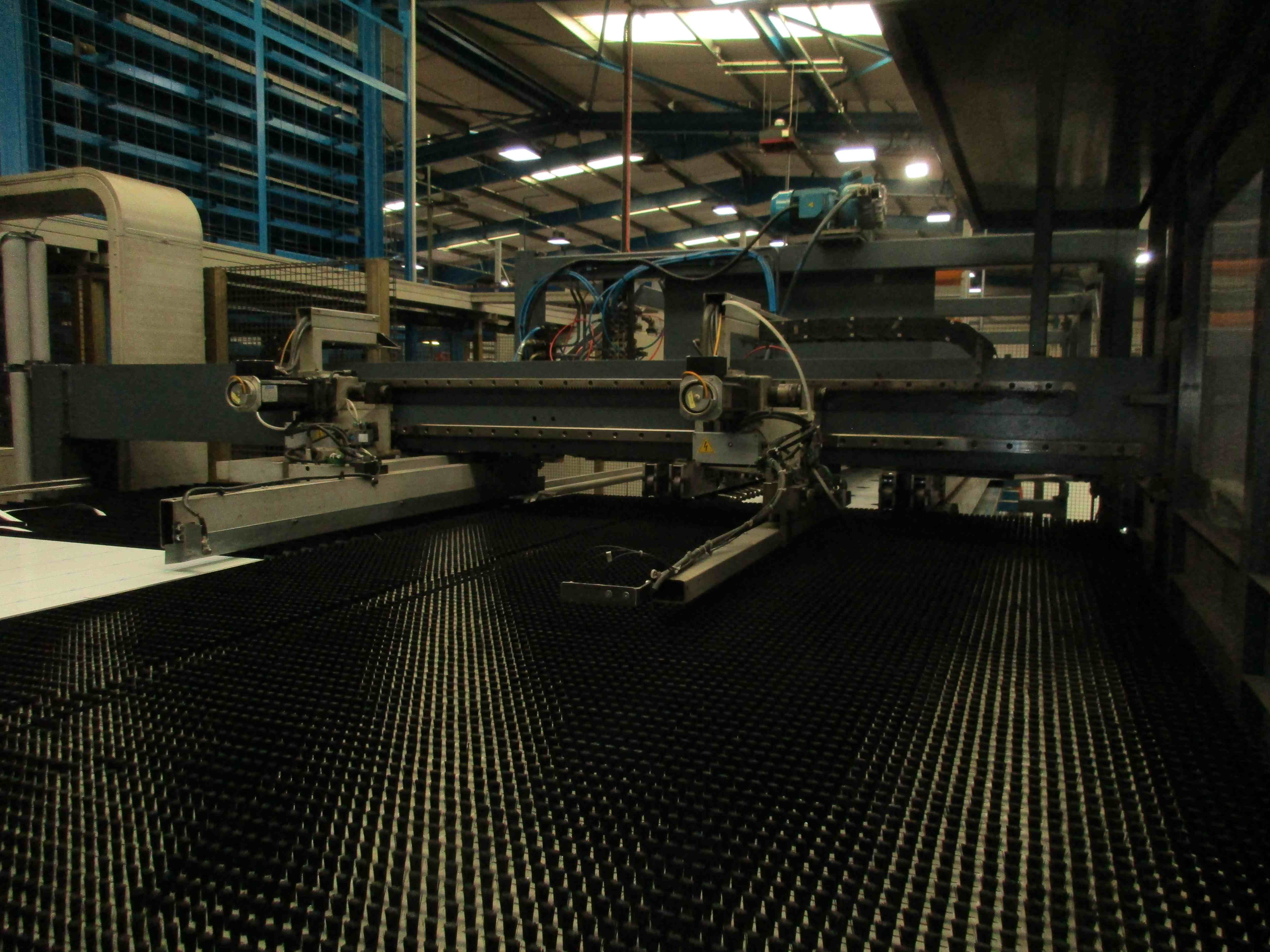 Salvagnini S4 Cnc Punch Press With Automatic Sheet Load