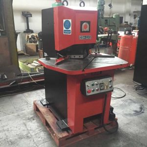 Amada CSH 220 Sheet metal corner notcher shearing machine