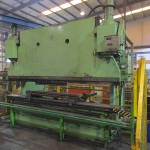 Used 300ton x 3.7m non CNC Pearson hydraulic press brake for sale