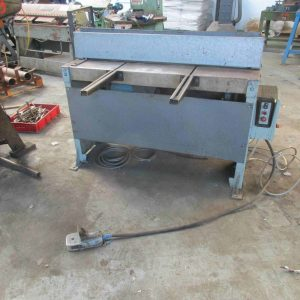 Edwards DD 1.3m x 3mm powered guillotine for sale