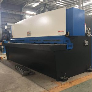Brand new 3metre x 6mm sheet metal guillotine for sale